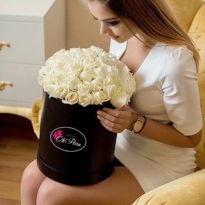 Lux Collection din Trandafiri Albi