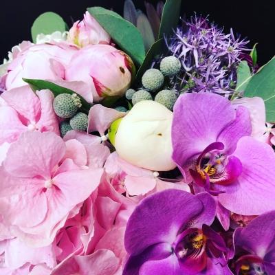 Mix de Flori în Cutie de Lux Mare Neagră Nr. 2
