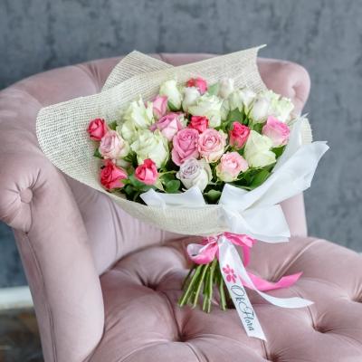 35 Trandafiri Mix Roz