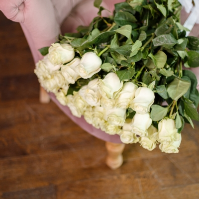 25 Trandafiri Albi 70-80 cm