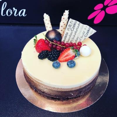 Tort Mousse (3 feluri de ciocolată)
