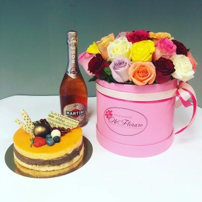 Cutie lux Collection cu trandafiri, Asti Martini, Tort Mango