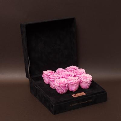 9 Trandafiri Criogenați Roz în Cutie de Catifea
