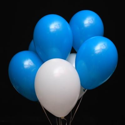 7 Baloane Alb-Albastre cu Heliu