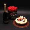 Set Cutie Mică cu Trandafiri, Spumant Cricova Lacrima Dulce și Tort Mousse