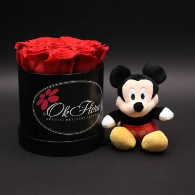 Set Mickey Mouse și Cutie Mică cu Trandafiri