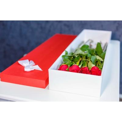 Trandafiri Roșii în Cutie (9 buc)
