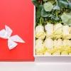 Trandafiri albi în Cutie(15 buc)